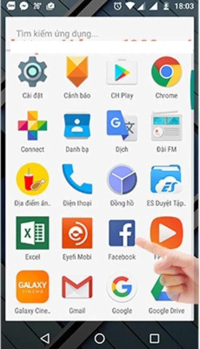 Hãy khởi chạy ứng dụng FAcebook của bạn để bắt đầu việc tìm kiếm