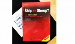 Cuon-sach-ship-or-sheep